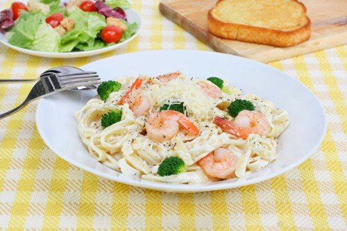 Паста с креветками - рецепт с фото / Простые рецепты