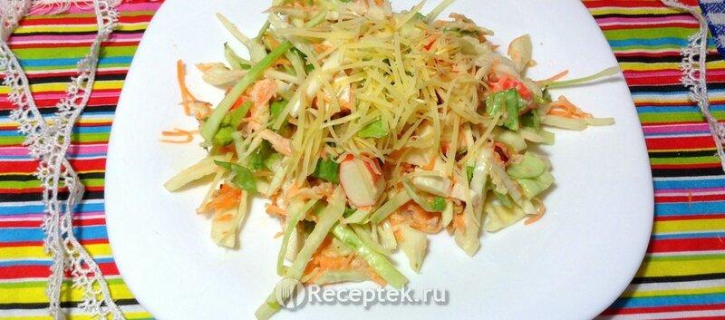 Рецепт свежего салата с крабовыми палочками и капустой с фотографиями