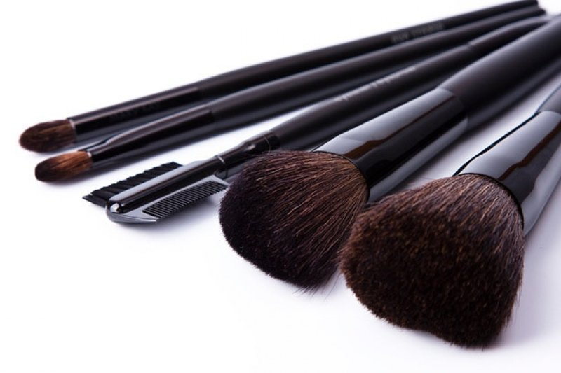 Кисти для макияжа: сколько нужно для счастья?