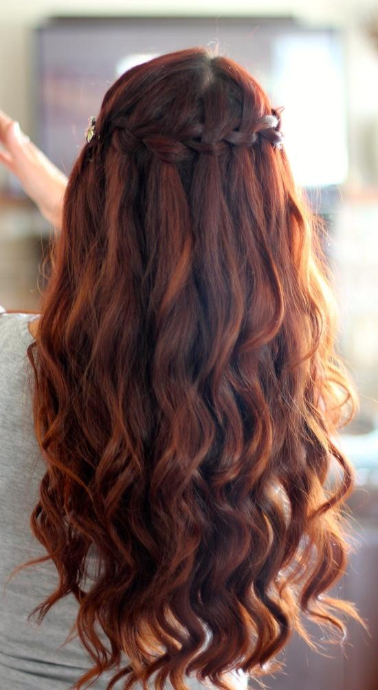 косы с распущенными волосами фото