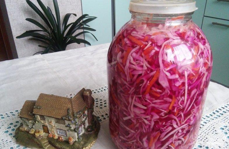 Салат с копченой колбасой и фасолью рецепт с фото