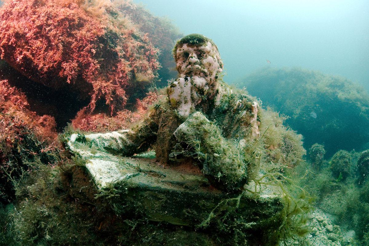 человека металлами подводный мир тарханкут крым фото совсем