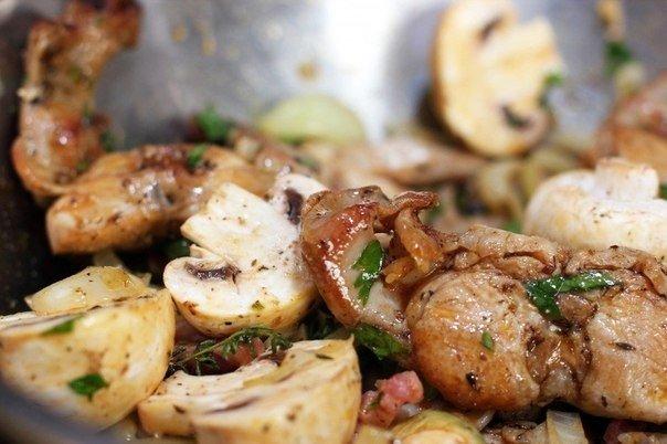 Л., соль, перец — по вкусу, приправа для картофеля — по вкусу, масло подсолнечное — для жарки, вода — мл.