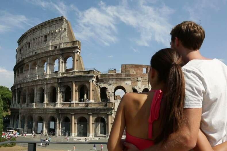 вставляет самые итальянские пары видео вышла дома задний