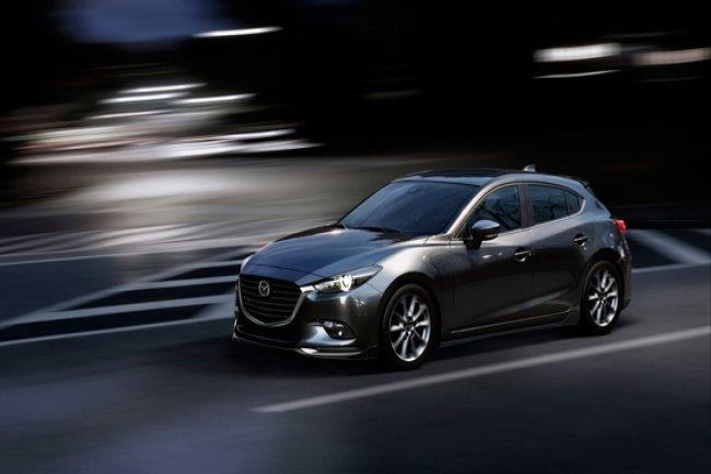 Mazda 3 2016 - 2017 года (Мазда 3 после рестайлинга).