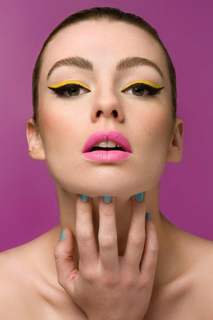 Гламурный макияж - макияж с двойными стрелками