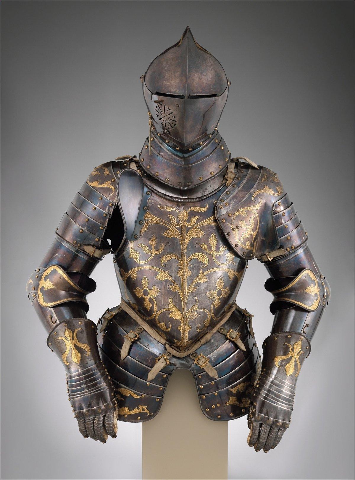 что средневековые доспехи фото фуксия