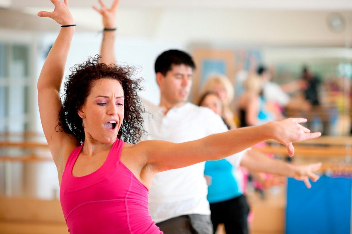 Танцы помогает похудеть