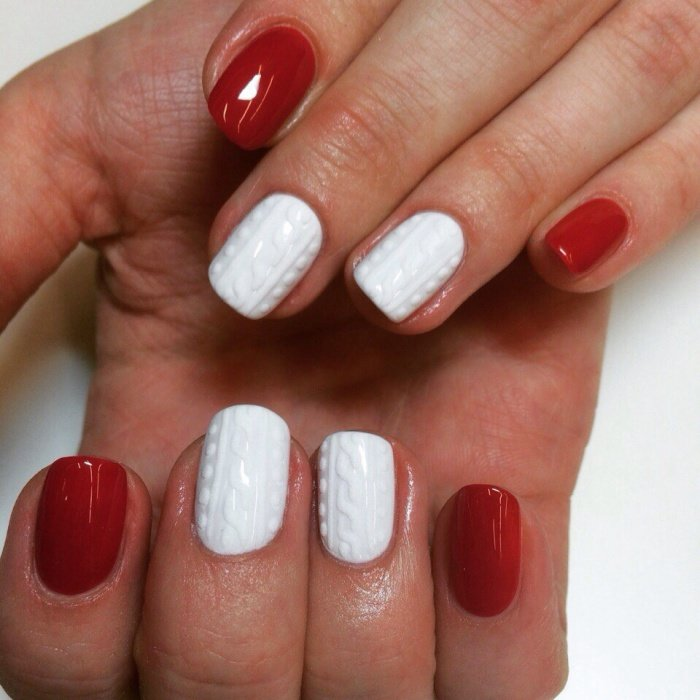 красно-белый маникюр фото