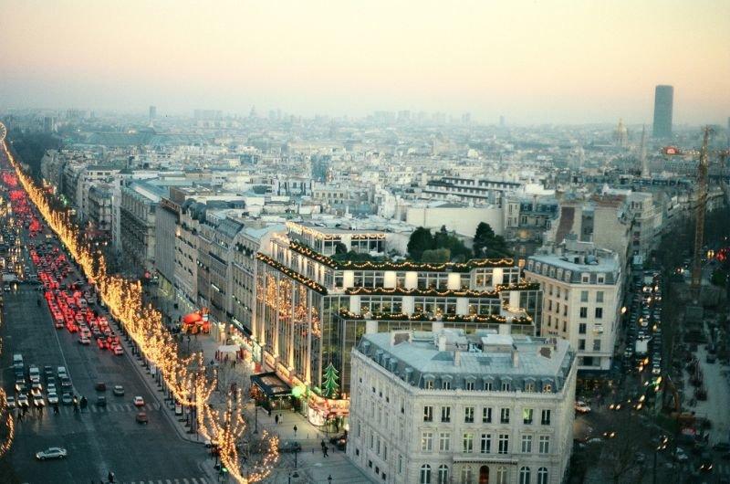 Здравствуйте! Добро пожаловать во Францию!