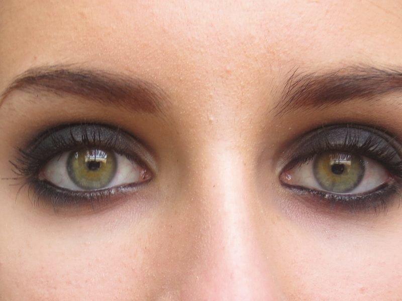 Серо зеленые глаза фото женские