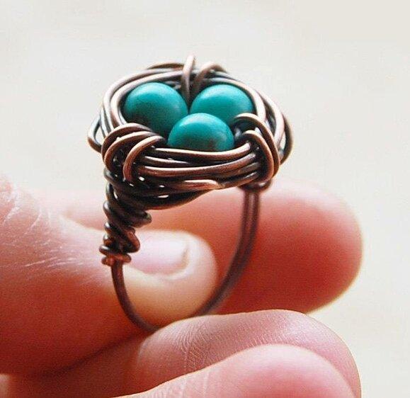 Кольцо с гнездом
