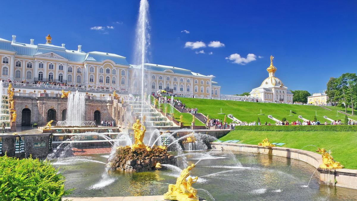 ТРИУМФ СВЕРКАЮЩИХ ФОНТАНОВ! Праздник открытия фонтанов Санкт-Петербурге!