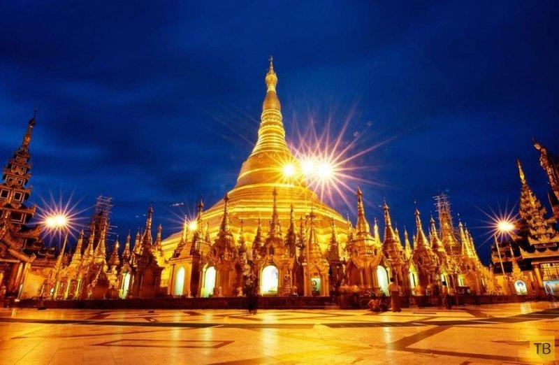 Пагода Шведагон является самым высоким духовным сооружением Мьянмы, или, как её ещё называют, Страны Пагод