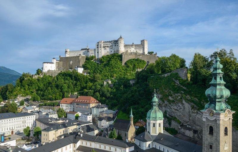 Крепость Хоэнзальцбург.