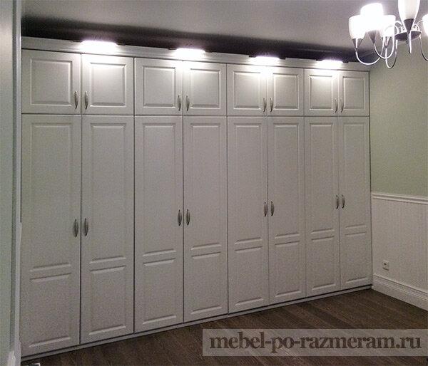 Непременным элементом деревянной мебели являются филенчатые .