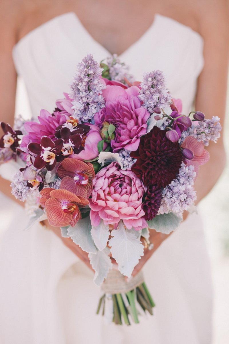 Асимметричный свадебный букет