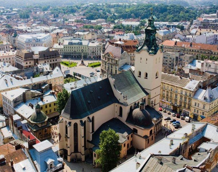 Единственный украинский храм, который удостоился почетного статуса «малой базилики» - Латинский кафедральный собор