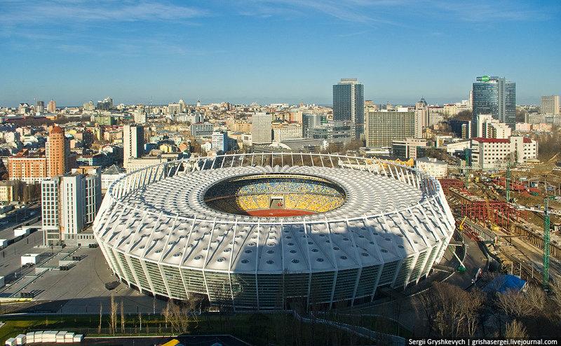 Киев | Стокгольм и вокруг Было – стало: стадион и вокруг.