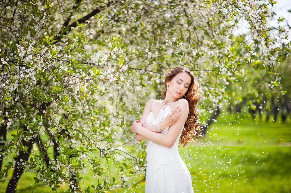 вместительный рюкзак фотосессия в цветущем саду картинки организация
