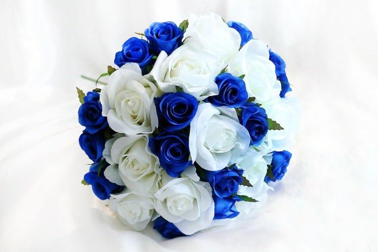 Букет невесты из синих роз купить киев