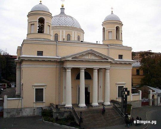 Александровский костёл является старейшим на сегодняшний день католическим храмом Киева.