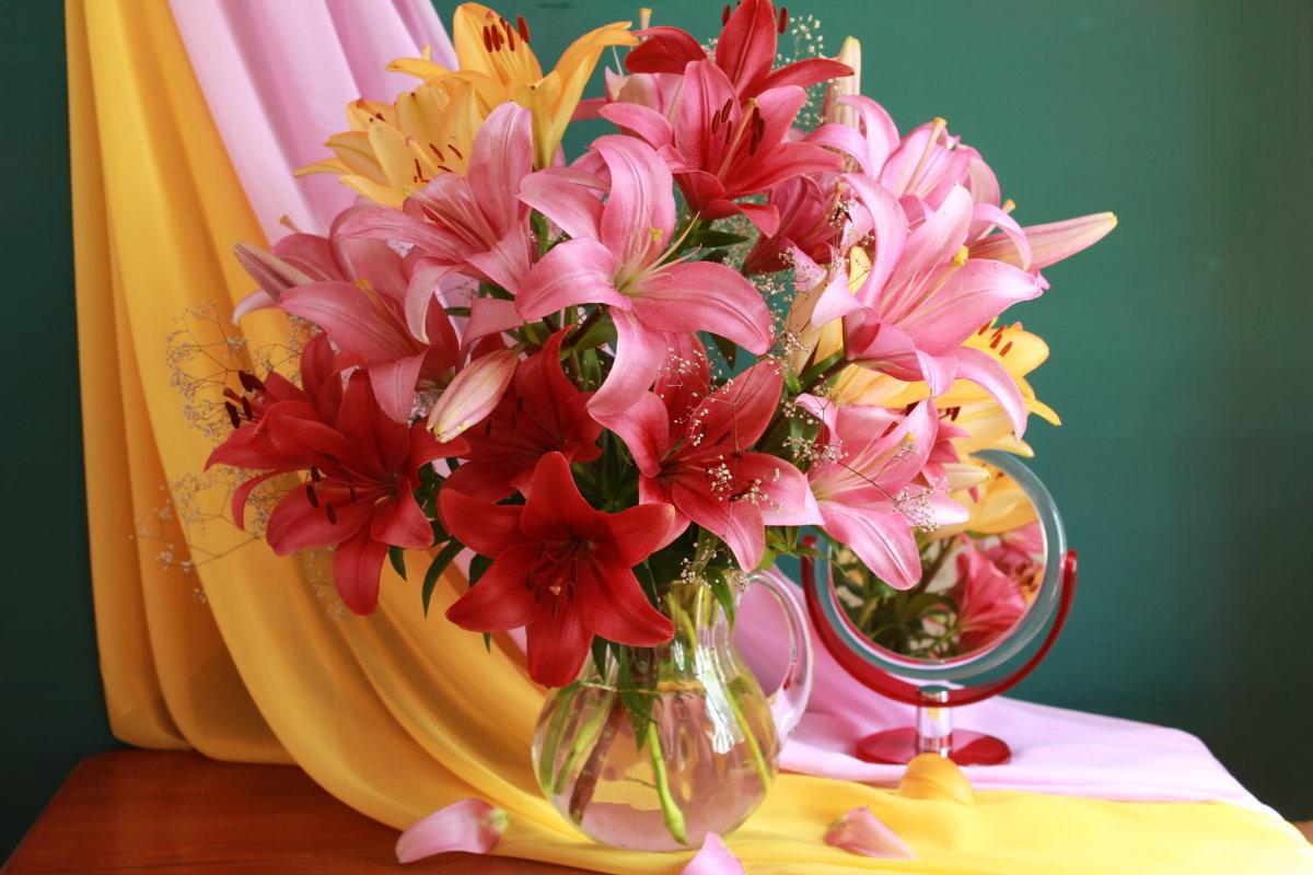 Крещением, картинки с днем учителя с цветами лилии