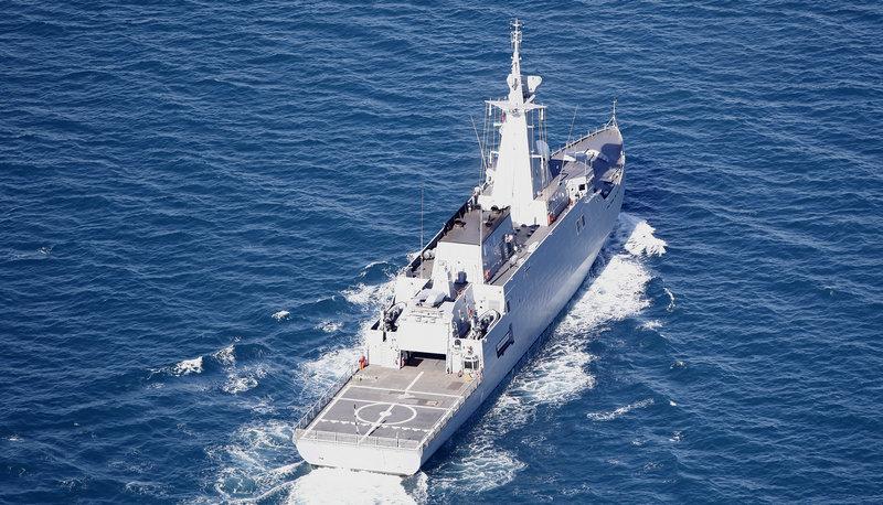 Строительство 5-ти корветов для Саудовской Аравии — Мотор БИ http://motorbi.ru/?p=3106  Строительство 5-ти корветов для Саудовской Аравии   Контракт с «Навантия» на поставку Саудовской Аравии 5 корветов планируется подписать в январе 2017 года   Как ожидается, соглашение на строительство корветов для ВМС Саудовской Аравии, стоимость которых превышает 2 млрд. евро, состоится в ходе визита короля Испании Филиппа VI в Эр-Рияд в январе 2017 года.