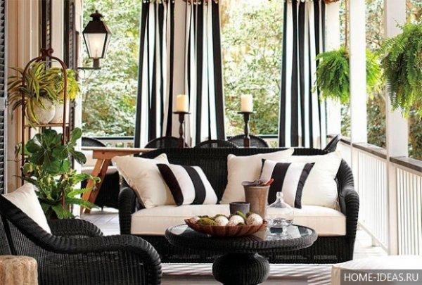 Модный черно-белый узор штор