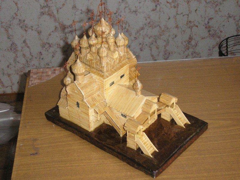 Модель храма из спичек