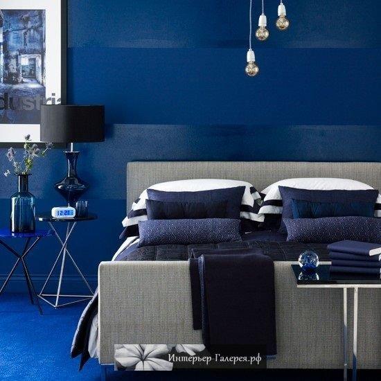 Синий в интерьере