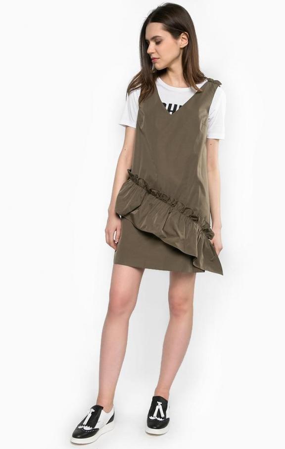 Короткое платье цвета хаки