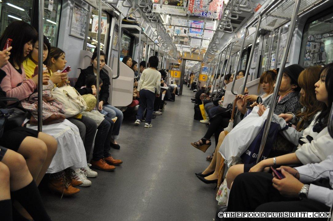 японцы в транспорте видео сильно