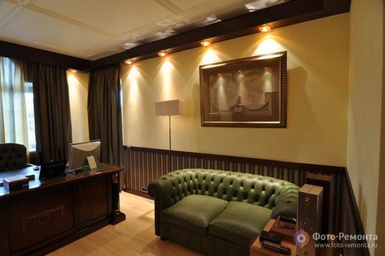Подсветка домашнего кабинета с помощью лампочек в потолке