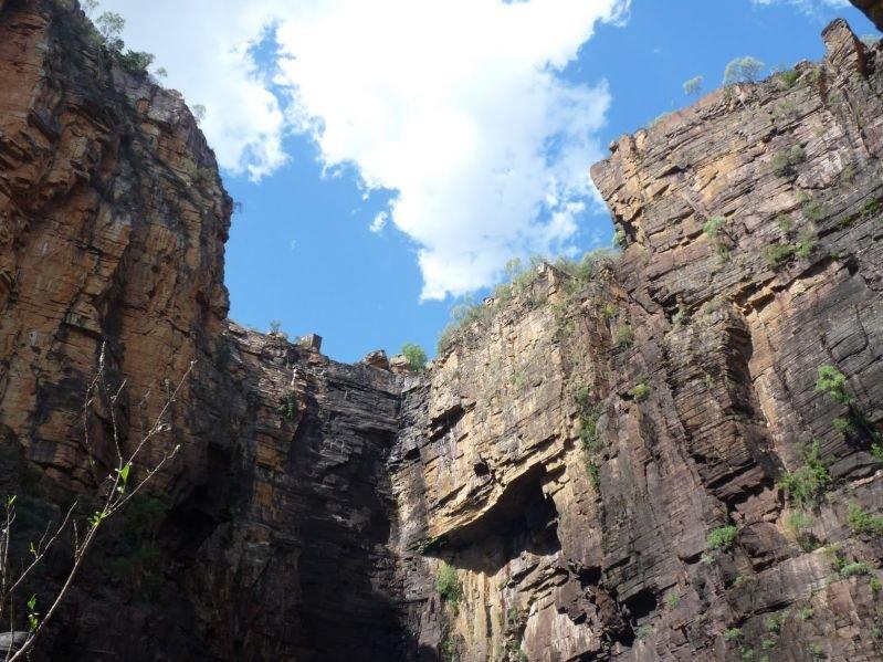 Природная, археологическая и этнологическая составляющая парка Какаду находится под строжайшей охраной.