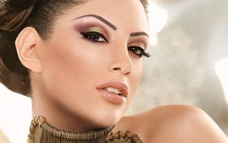 Каким доложен быть макияж на выпускной: тренды 2015 Макияж на выпускной 2015 фото