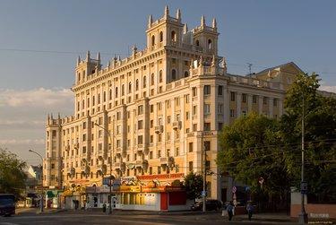 Архитектура 18 века в России | 251x375