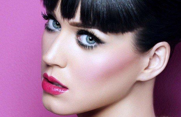 Вдогонку к предыдущим публикациям про makeup для разного цвета глаз, сегодня я хочу поделиться постом о макияже для серых глаз