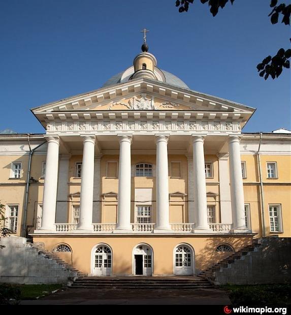 Голицынская больница — одно из лучших поздних творений М.Ф.Казакова. Москва.
