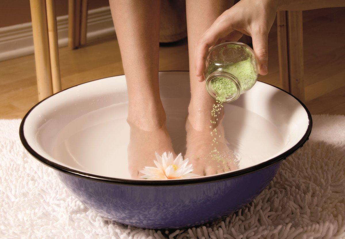 Можно ли при артрите делать ванночки с морской солью фото