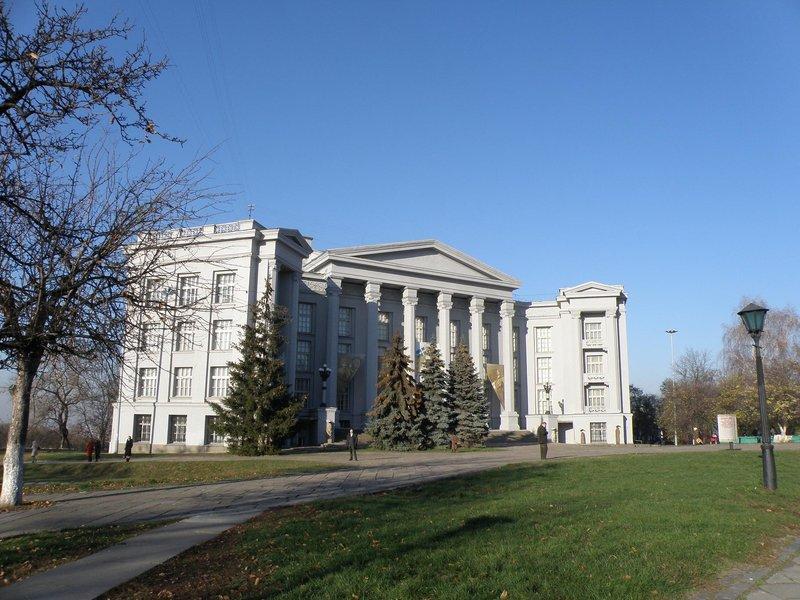 Национальный музей истории Украины — ведущий исторический музей страны, с 1944 года расположенный в Киеве, на Старокиевской горе.
