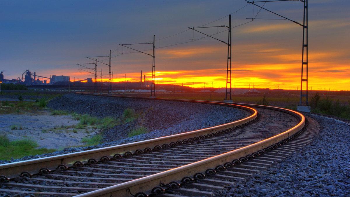 Окончанием отпуска, картинки железные дороги россии