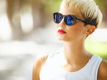 Стильные и модные женские стрижки на короткие волосы — в Яндекс.Коллекциях. Смотрите фотографии красивых коротких женских стрижек