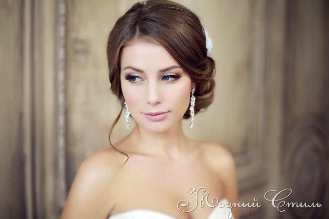Стилист визажист на свадьбу Москва - недорого Прическа и макияж для невесты в исполнении стилиста визажиста