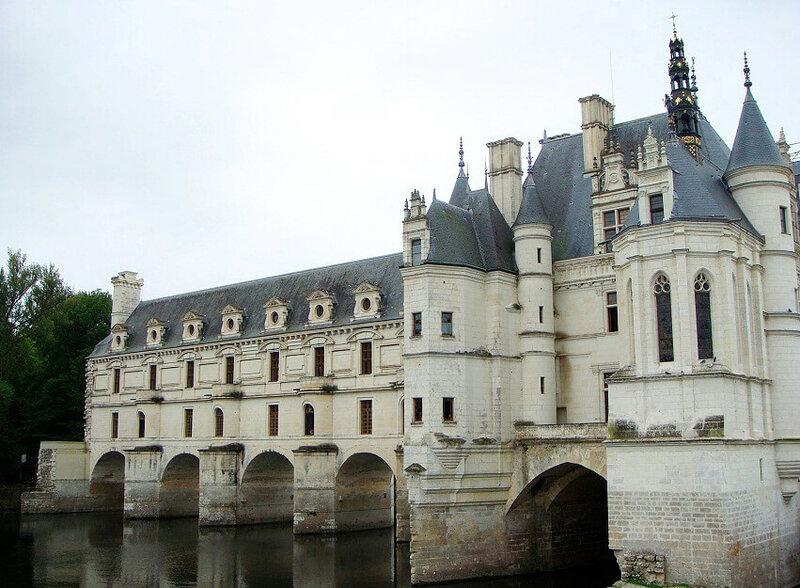 Замок Шенонсо во Франции славится не только уникальной архитектурой, но и историческими событиями, которые связаны с дворцом.