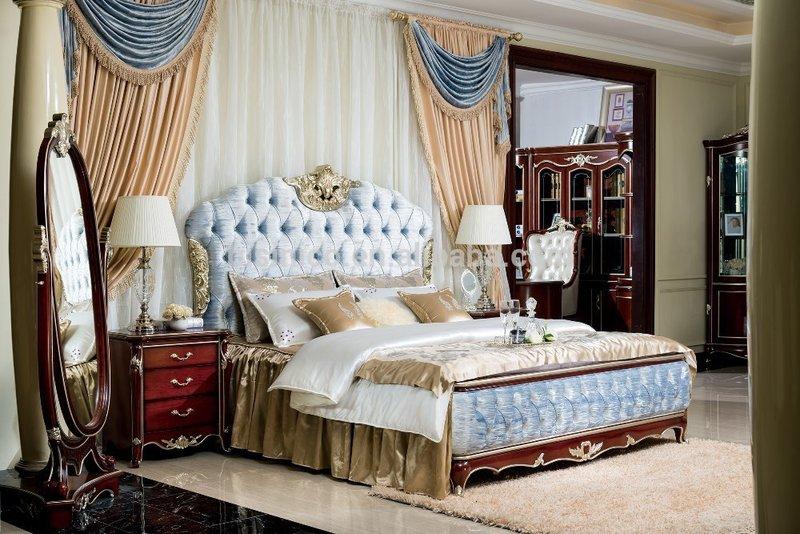 Шикарная массивная кровать
