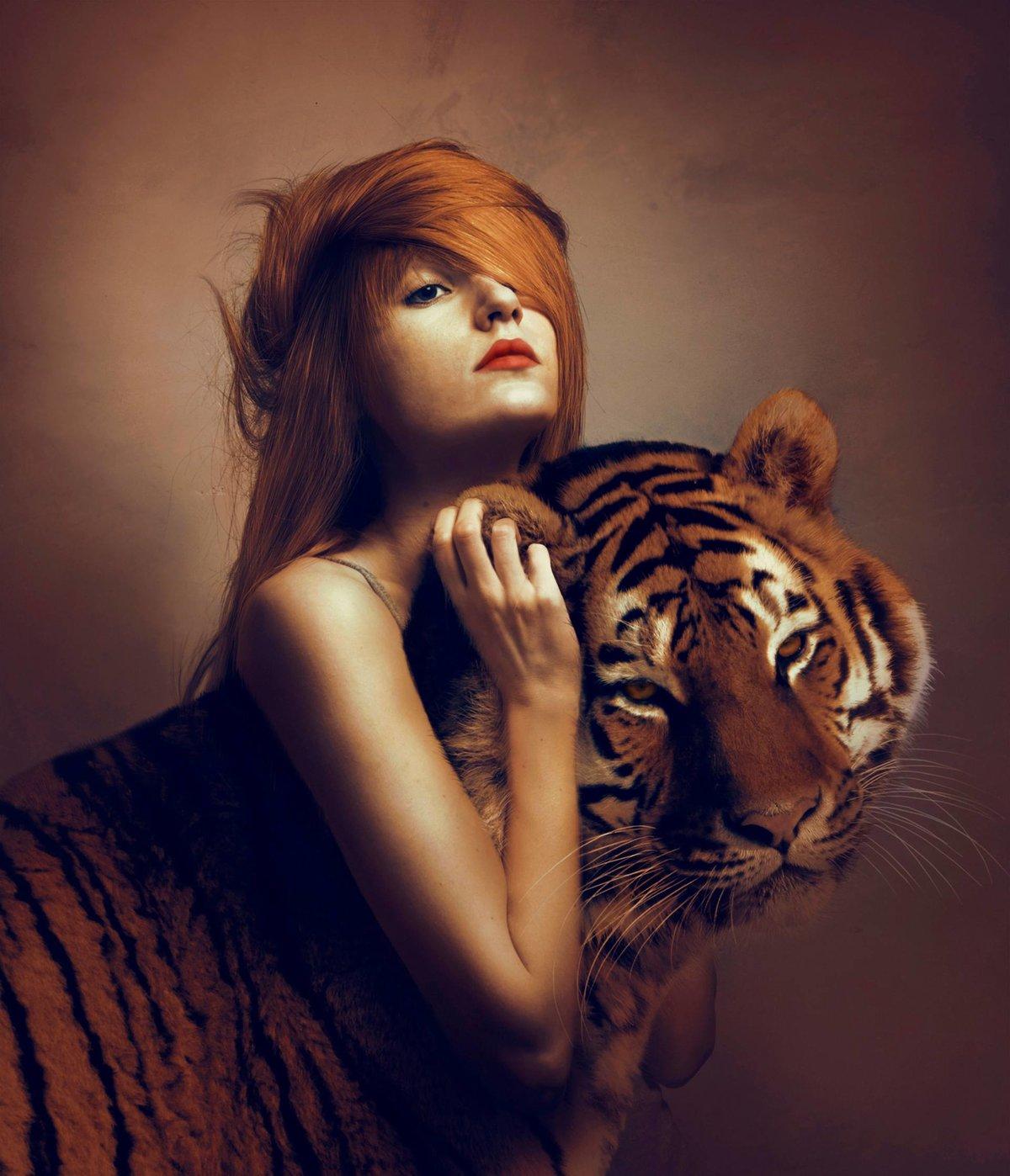 Для, картинки тигрицы девушка на аву