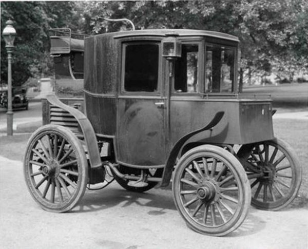 the history of the electric car invented by robert davidson Robert davidson – pioneer electrician robert davidson (18041894) was a man of - eclectic interests, an inventor who had originality, vision and even prototype.