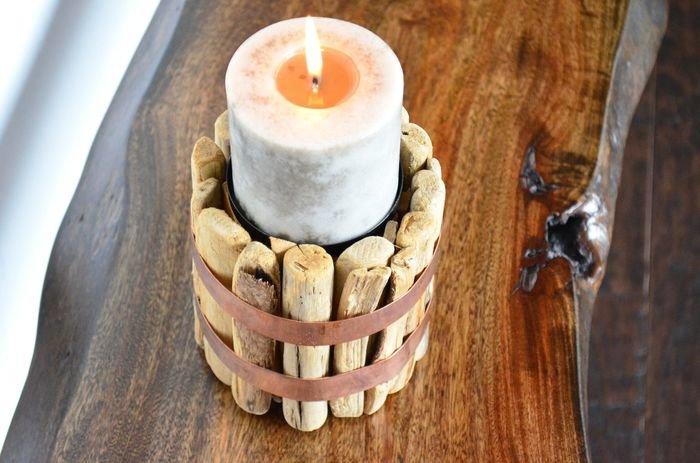 Мы подобрали для вас несколько мастер-классов по изготовлению деревянных подставок для свечей своими руками. Это очень простой способ добавить немного тепла и уюта в интерьер любой комнаты.