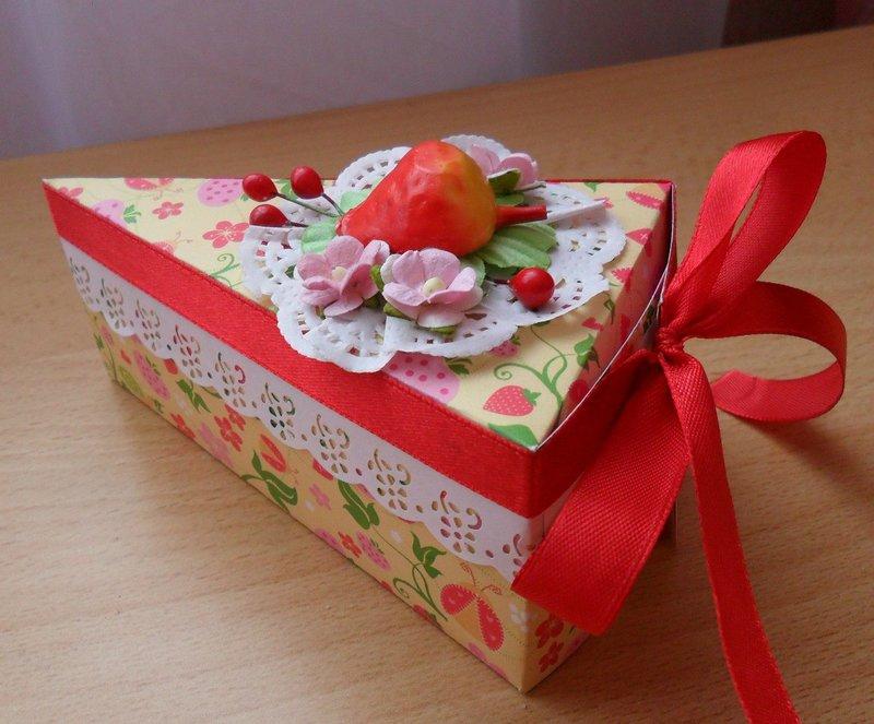 Как сделать самим коробку для конфет в виде торта фото